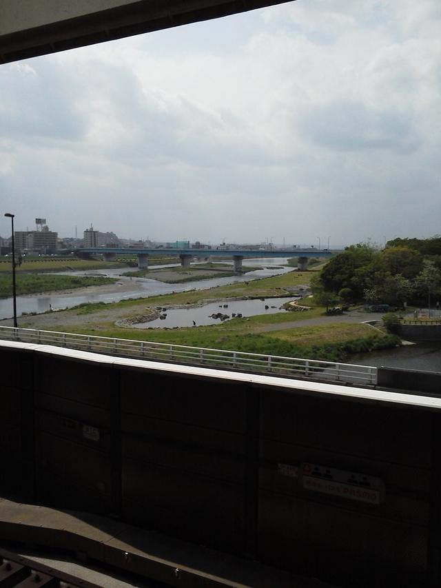 東急 田園都市線 大井町線 二子玉川駅から多摩川